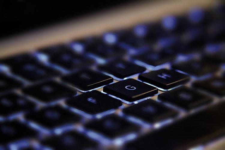 Как почистить кнопки на клавиатуре