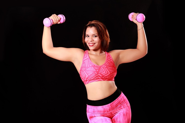 Набрать девушке вес
